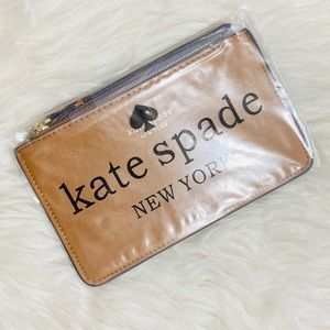 kate spade Accessories - 🎀 Kate Spade Wristlet 🎀 NEW